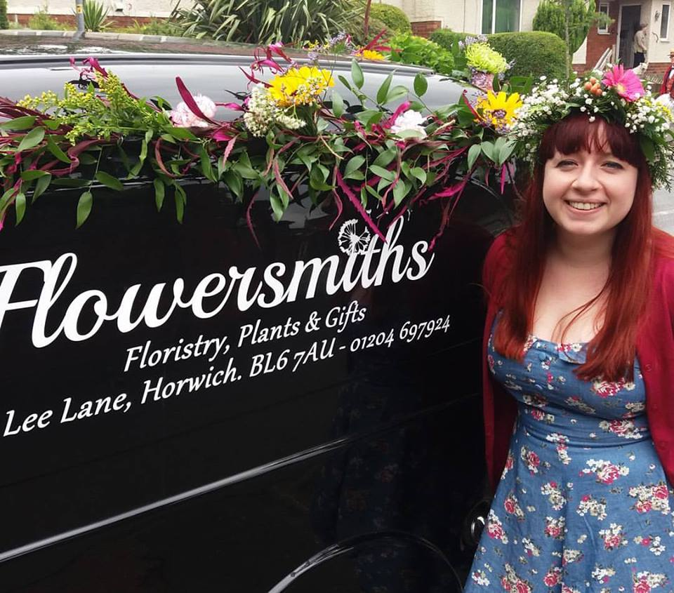 Flowersmiths horwich bolton flower delivery 01204 697 924 flowersmiths of horwich bolton izmirmasajfo